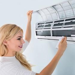 Да почистим вътрешното тяло на климатика